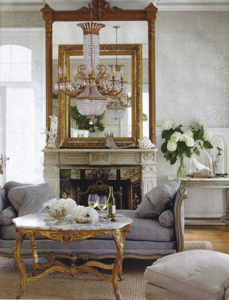 Gorgeous Louis XV Style Daybeds Look Sumptuous As Seating In A Living Room Fact I Have Almost The Same One My And It Looks
