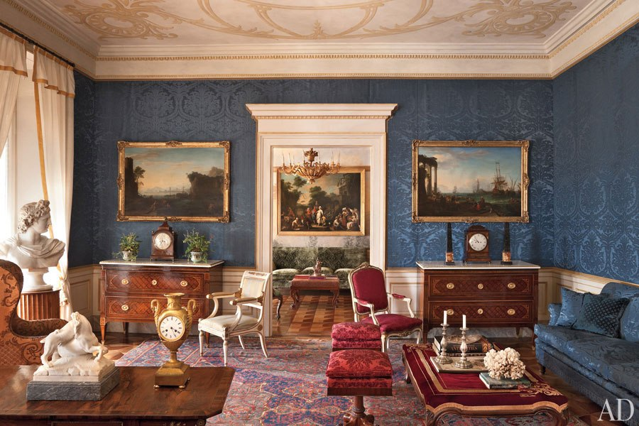 Nothing But Fabulous Antiques In This Room From The Transitional