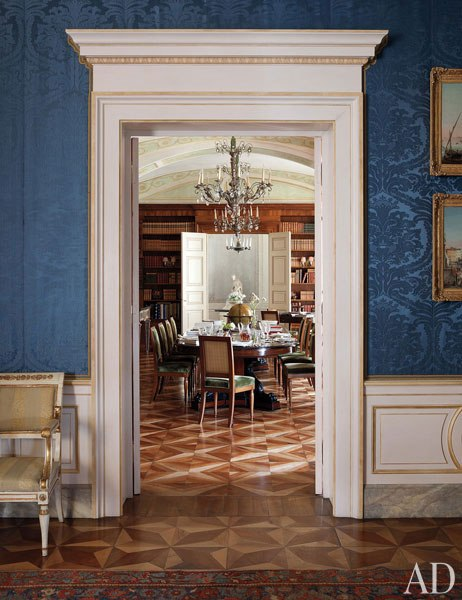 King Of Naples Dining Room An Apartment In Naples Is An Antiquarian S  Antique Part 62