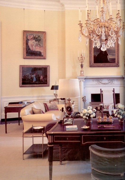 Jackie redesigned the Oval Office with French Antiques.